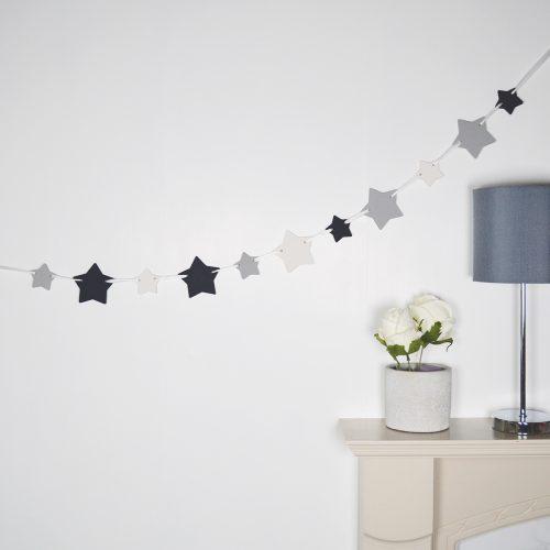 Black & White Wooden Star Bunting